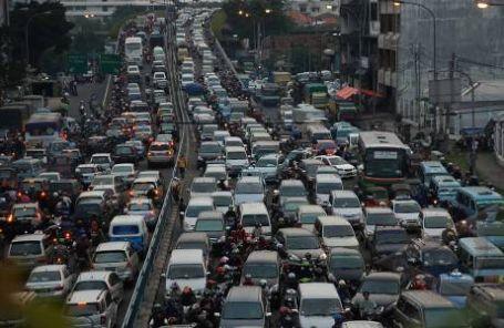 Kemacetan di Jakarta - sumber foto: www.antarafoto.com